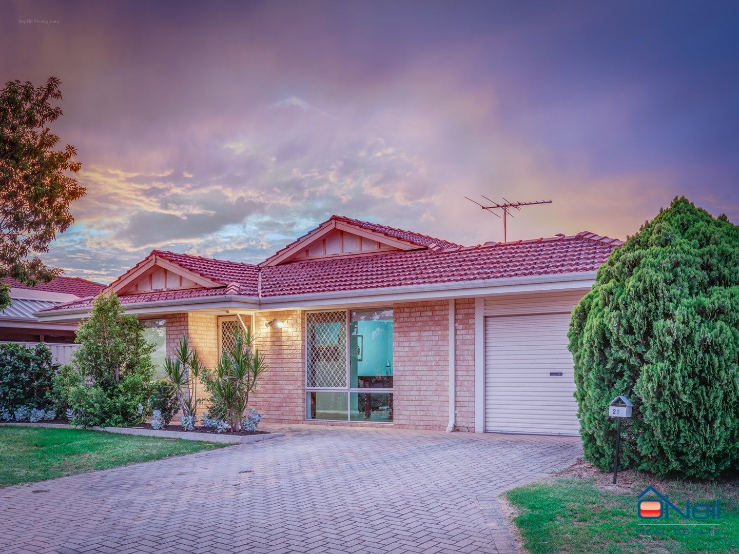 21 Tangerine Close, Seville Grove WA 6112, Image 0