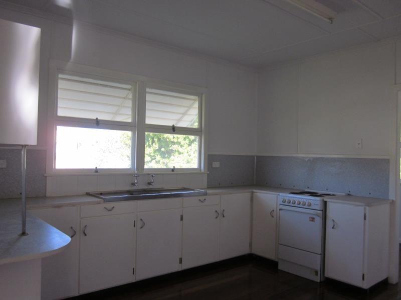 1 Third Avenue, Scarborough QLD 4020, Image 1