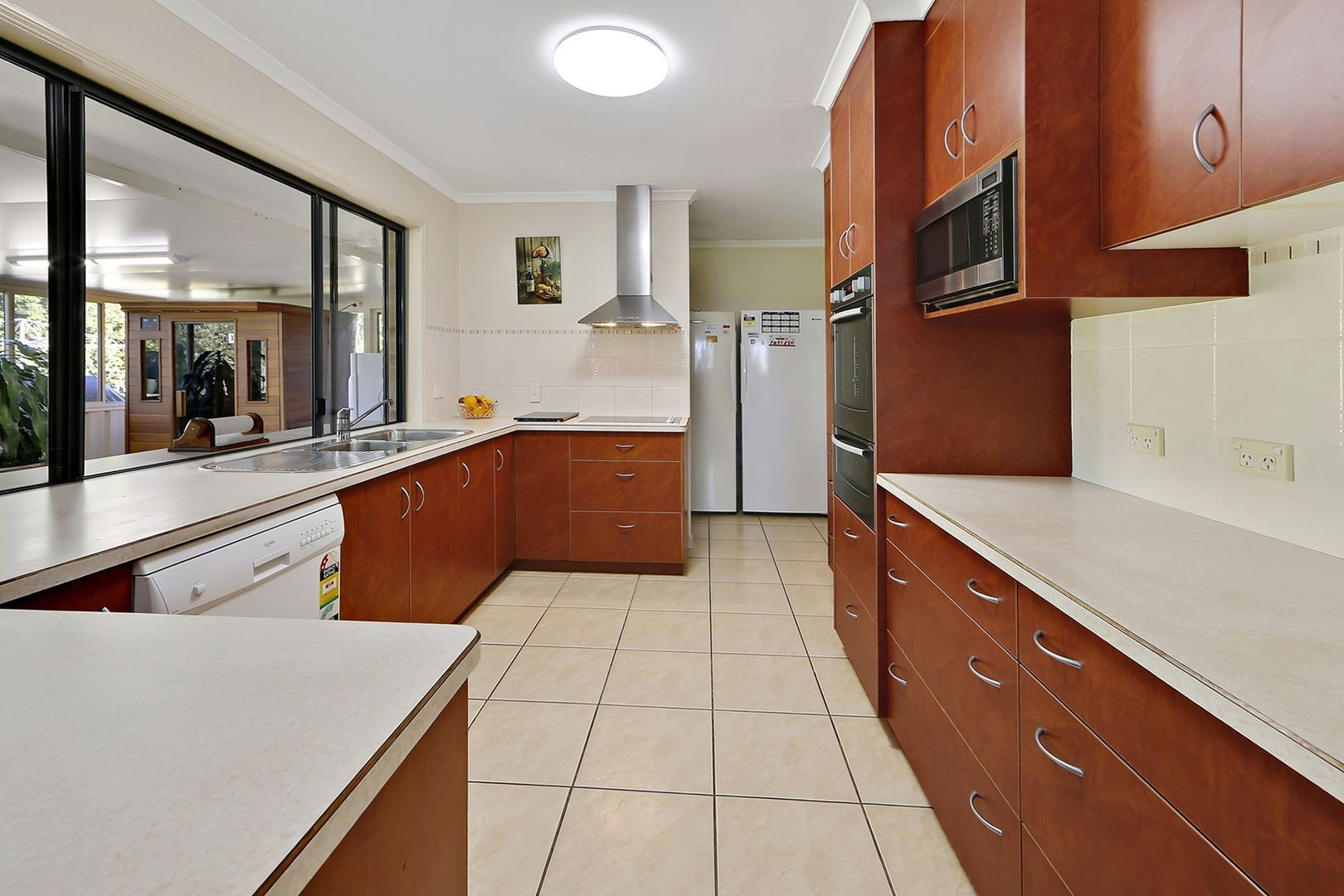 34 East Street, Howard QLD 4659, Image 2