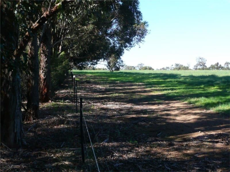 Lot 106 Refractory Road, Bakers Hill WA 6562, Image 2