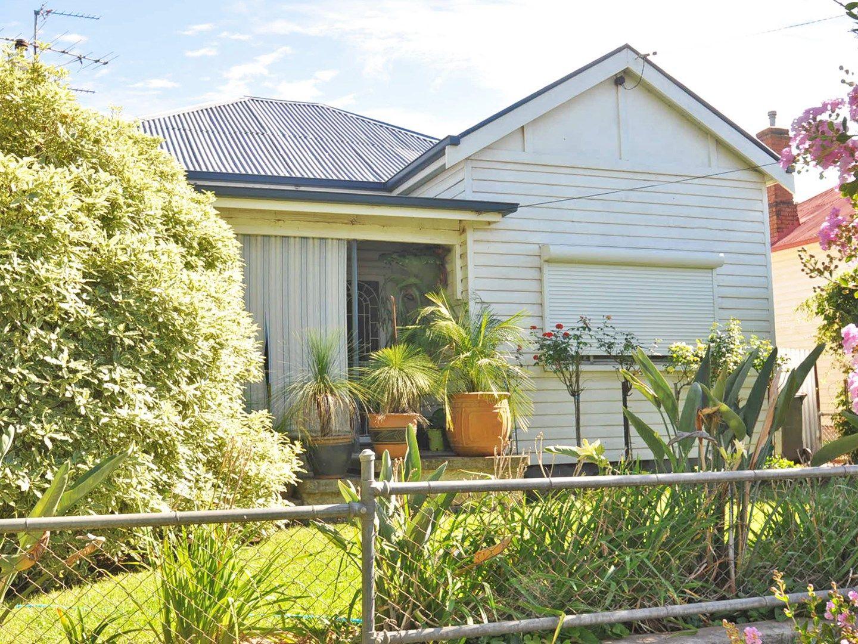 12 Elizabeth Street, Junee NSW 2663, Image 0