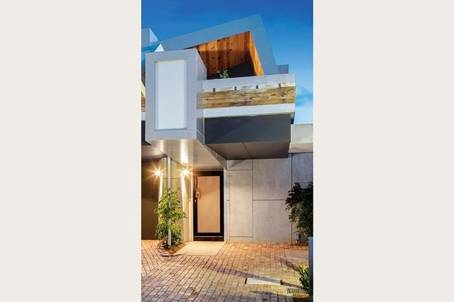 Picture of 8 Little Ingles Street, PORT MELBOURNE VIC 3207