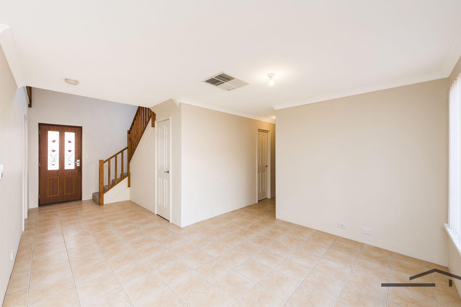 1/3 First Avenue, Mandurah WA 6210, Image 2