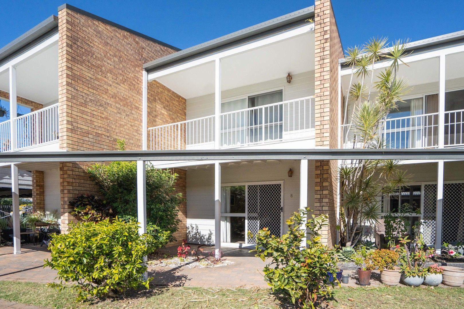 8/99 Cypress Street, Torquay QLD 4655, Image 0