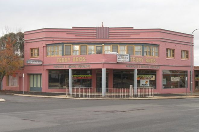Picture of 248 Boorowa Street, YOUNG NSW 2594