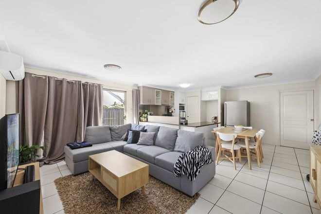 Picture of 2/244 Mackenzie Street, RANGEVILLE QLD 4350