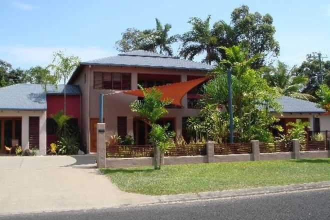 Picture of 2/129 Reid Road, WONGALING BEACH QLD 4852