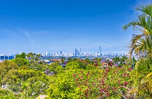 Picture of 1/5 Rivage Place, Highland Park QLD 4211
