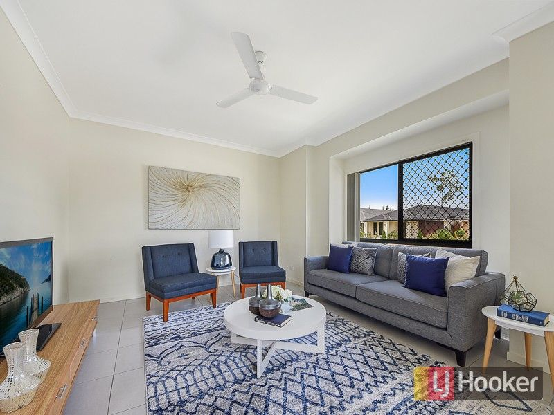 22 Blue Mountains Crescent, Fitzgibbon QLD 4018, Image 2