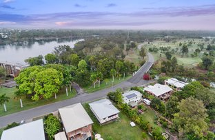 Picture of 8 Larcombe Street, Park Avenue QLD 4701