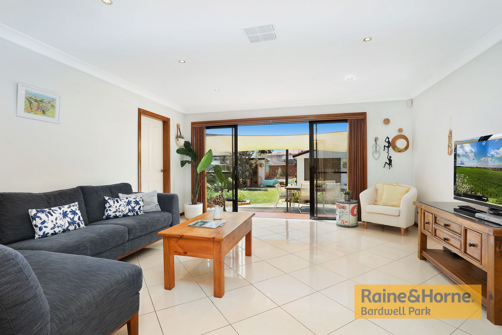 33 Westbrook Street, Beverly Hills NSW 2209, Image 1