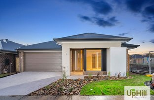 Picture of 8 Savage Way, Clyde North VIC 3978