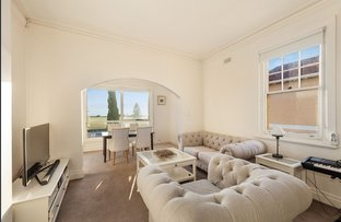 Picture of 3/68 Marine Parade, Elwood VIC 3184