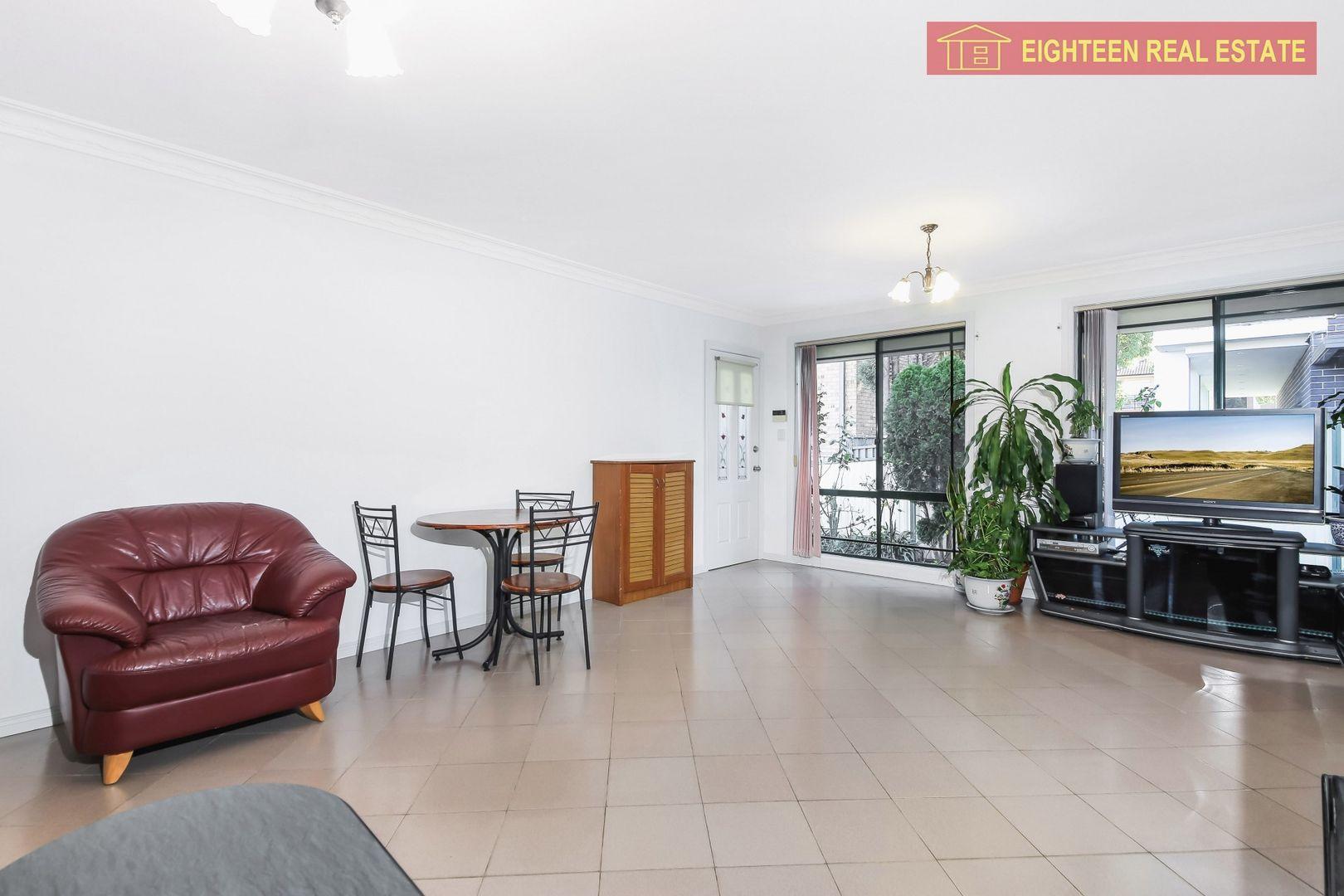 2/86 Sir Joseph Banks St, Bankstown NSW 2200, Image 0