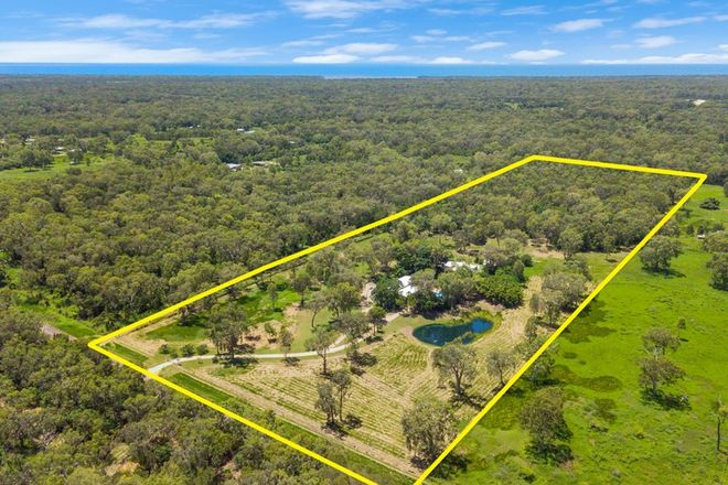 Picture of 442 Cape Cleveland Road, CAPE CLEVELAND QLD 4810