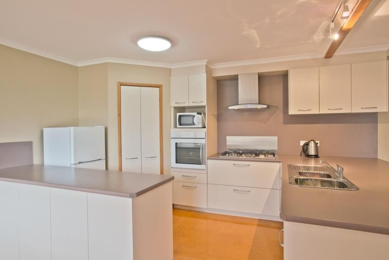 56 Griffith Street, Bacchus Marsh VIC 3340, Image 2