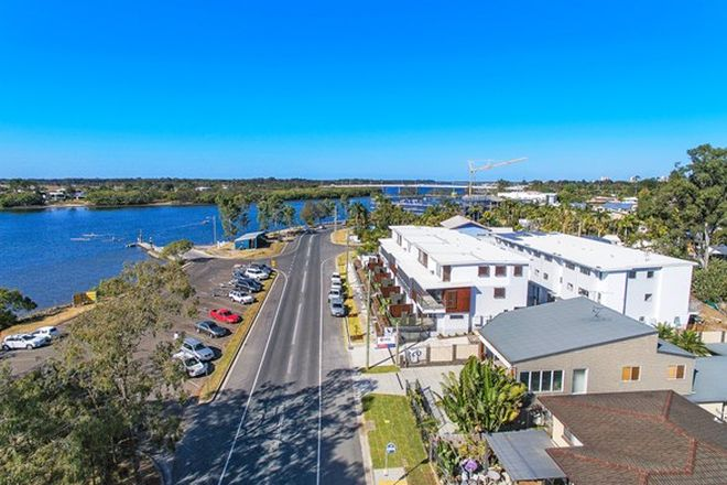 Picture of 3/327 Bradman Ave, MAROOCHYDORE QLD 4558