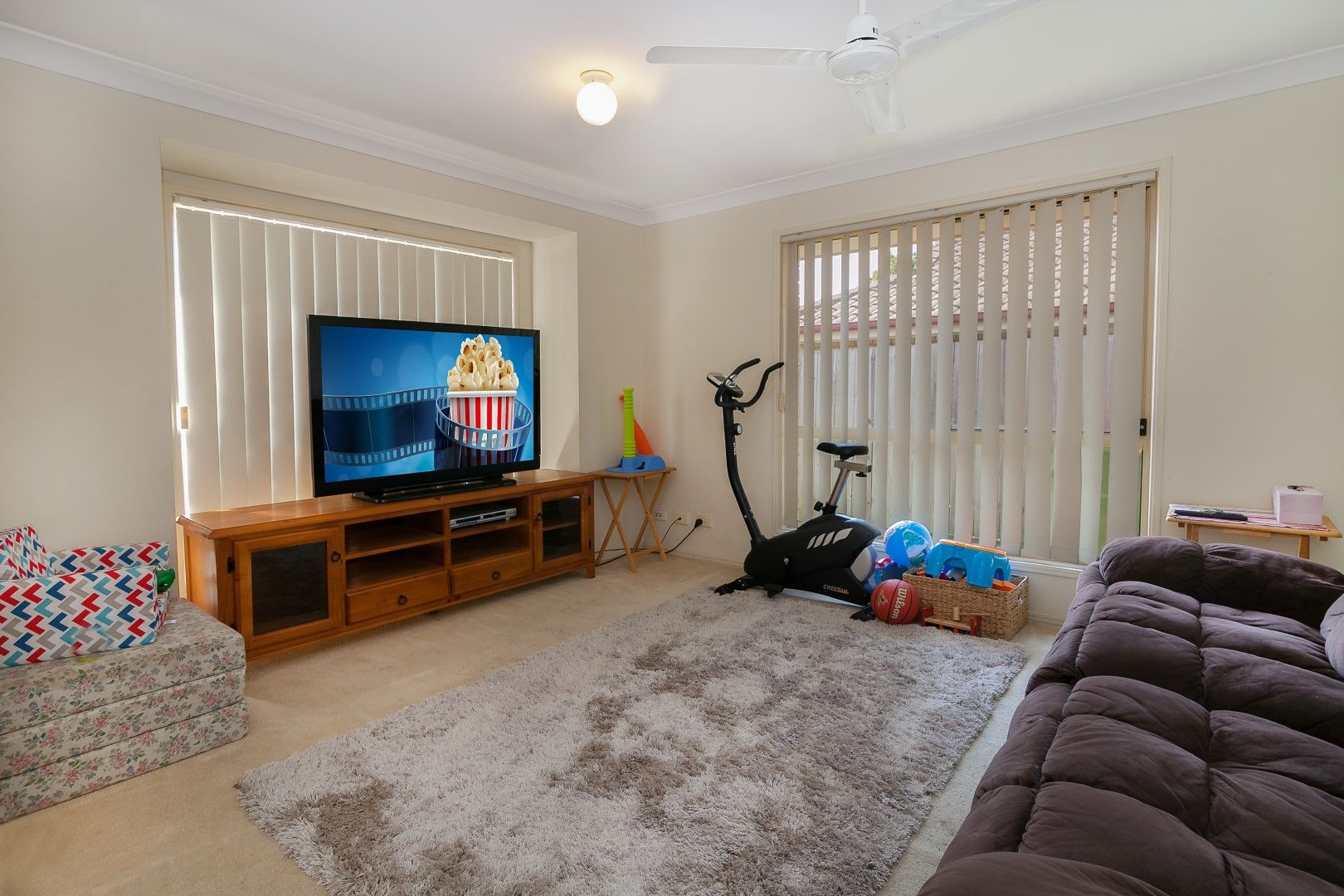 25 Katrina Way, Raceview QLD 4305, Image 2