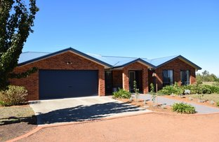 Picture of 2 Rikkara Place, Murrumbateman NSW 2582