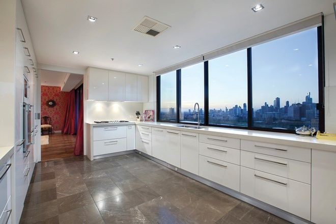 Picture of Penthouse 17B/29 Queens Road, MELBOURNE 3004 VIC 3004