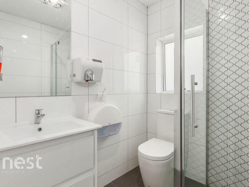 Room 6/2 Burnett Street, North Hobart TAS 7000, Image 2