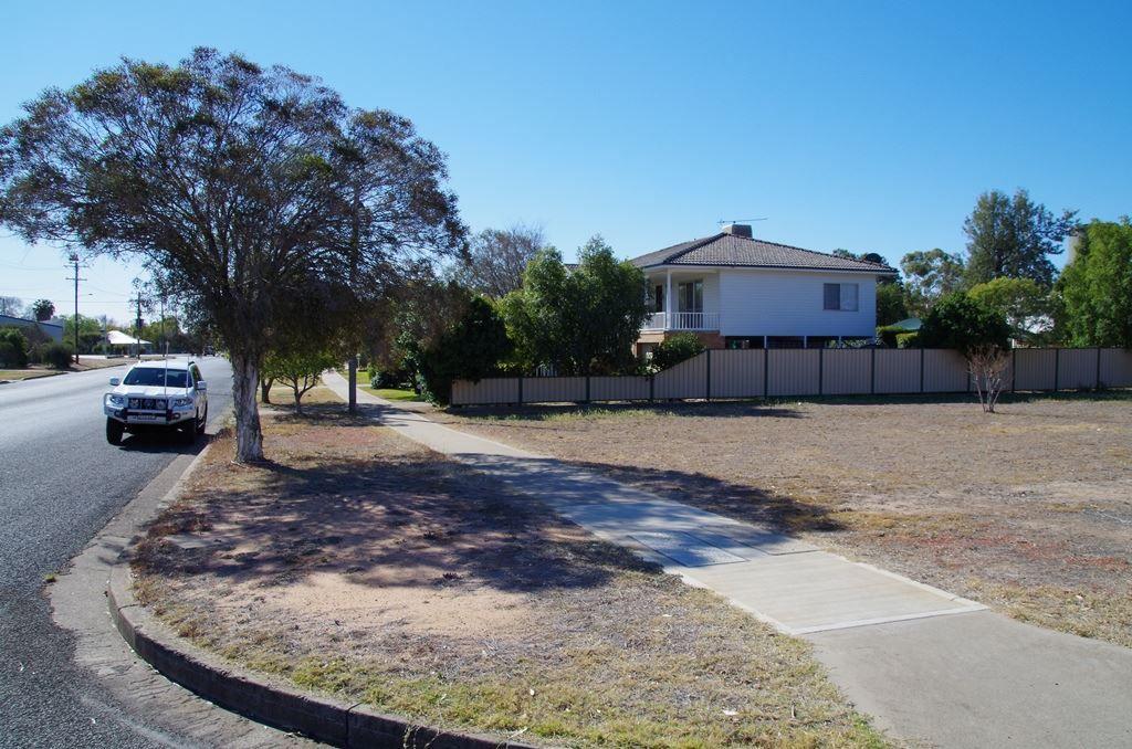 38 Gibbons Street, Narrabri NSW 2390, Image 2