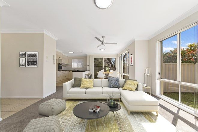 Picture of 3/19 York  Street, POINT FREDERICK NSW 2250