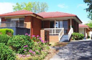 1/2 Middlefield Drive, Blackburn North VIC 3130