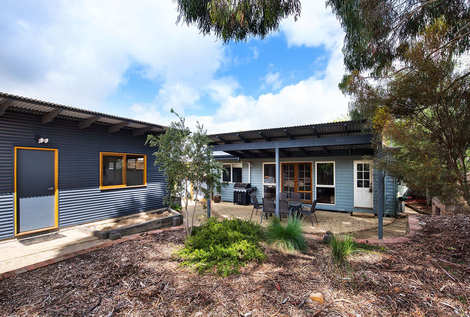 10 MacLise Street, Castlemaine VIC 3450, Image 2