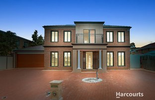 Picture of 37 Edgewater Circuit, Cairnlea VIC 3023