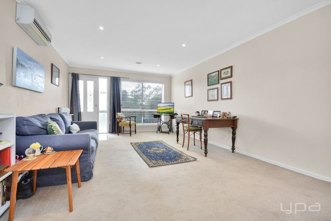 Picture of 1/5 Swallow Street, WERRIBEE VIC 3030