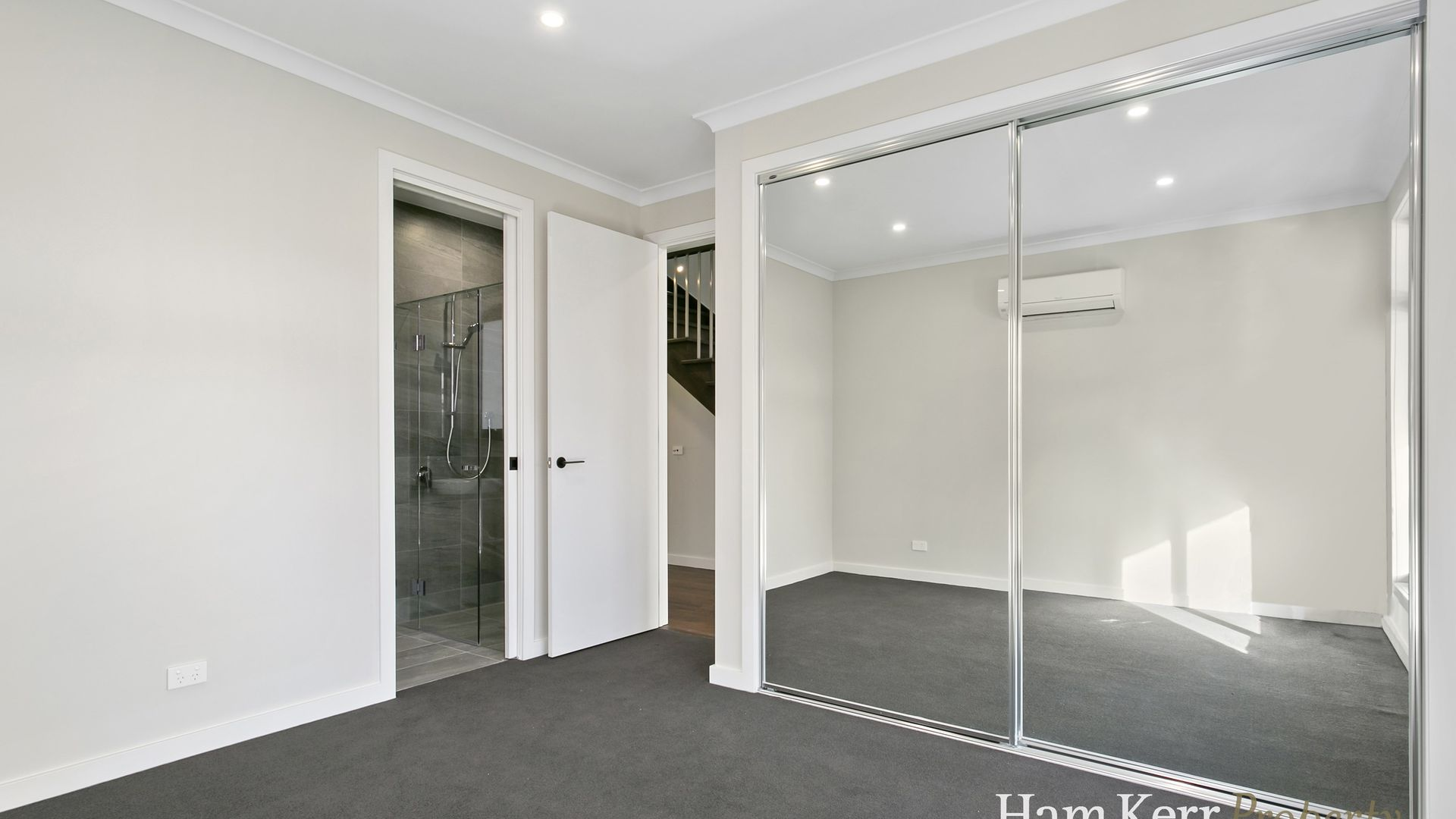 5 Campbell Parade, Box Hill South VIC 3128, Image 2