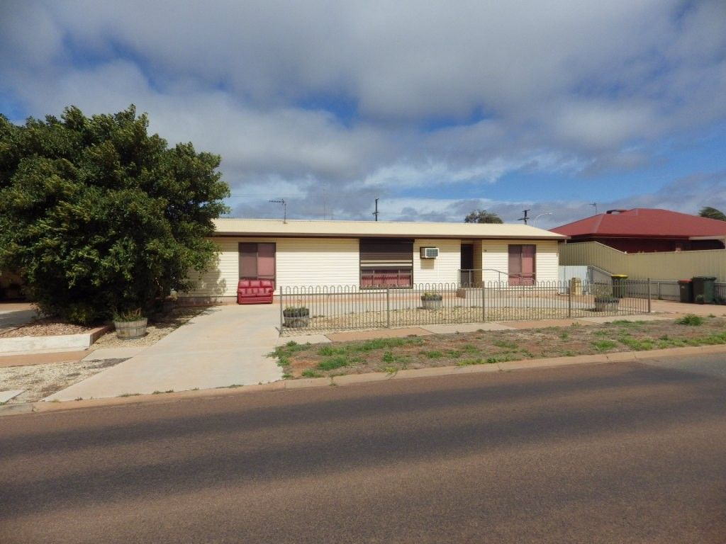 311 MCBRYDE TERRACE, Whyalla Playford SA 5600, Image 0