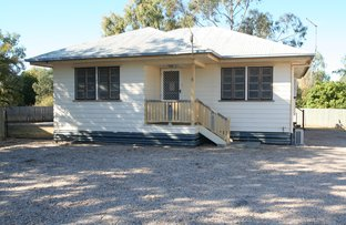 Picture of 6 Edwards Place, Emerald QLD 4720