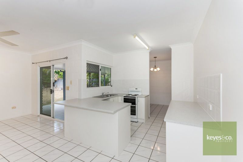 61 Templeton Crescent, Douglas QLD 4814, Image 2