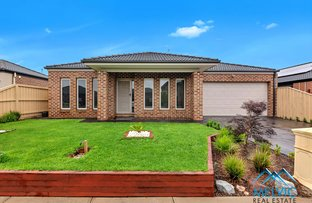 8 Damper Way, Lynbrook VIC 3975