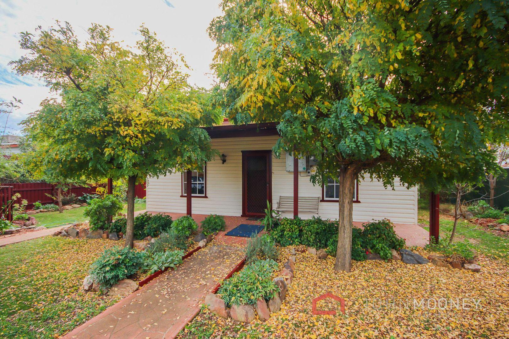 3 Hay Street, Yerong Creek NSW 2642