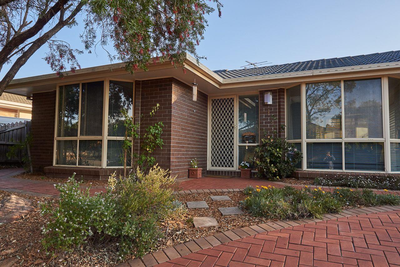 1 Arrowfield  Drive, Wattle Grove NSW 2173, Image 2
