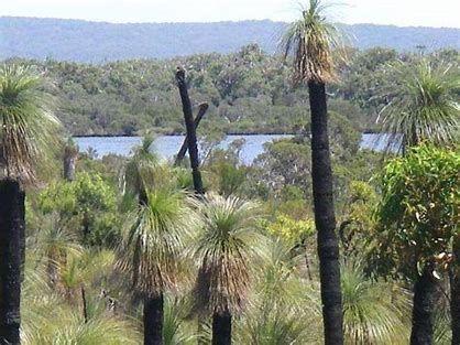 17 Flora Grove, Molloy Island WA 6290, Image 0