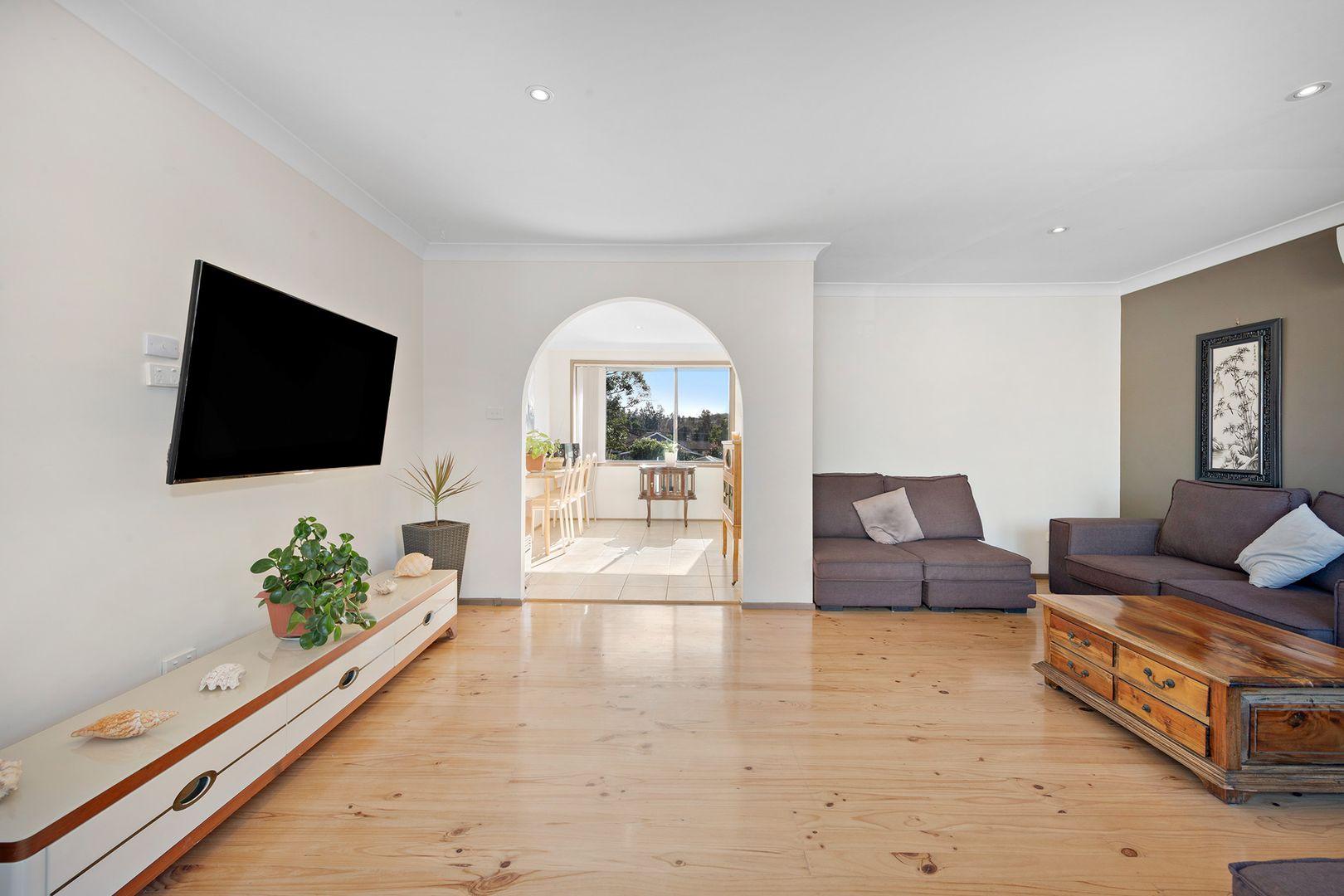 5 Famata Avenue, Blue Haven NSW 2262, Image 2