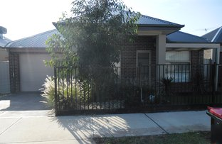 Picture of 16 Etheridge Rise, Caroline Springs VIC 3023