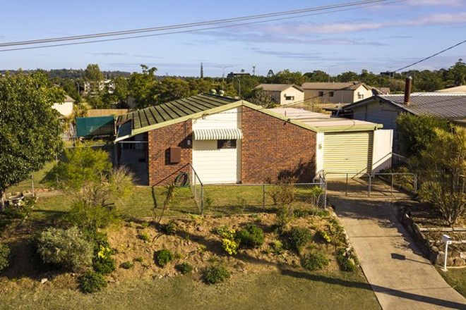 Picture of 5 Dublin Drive, EAGLEBY QLD 4207