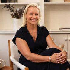 Annika Bongiorno, Sales representative