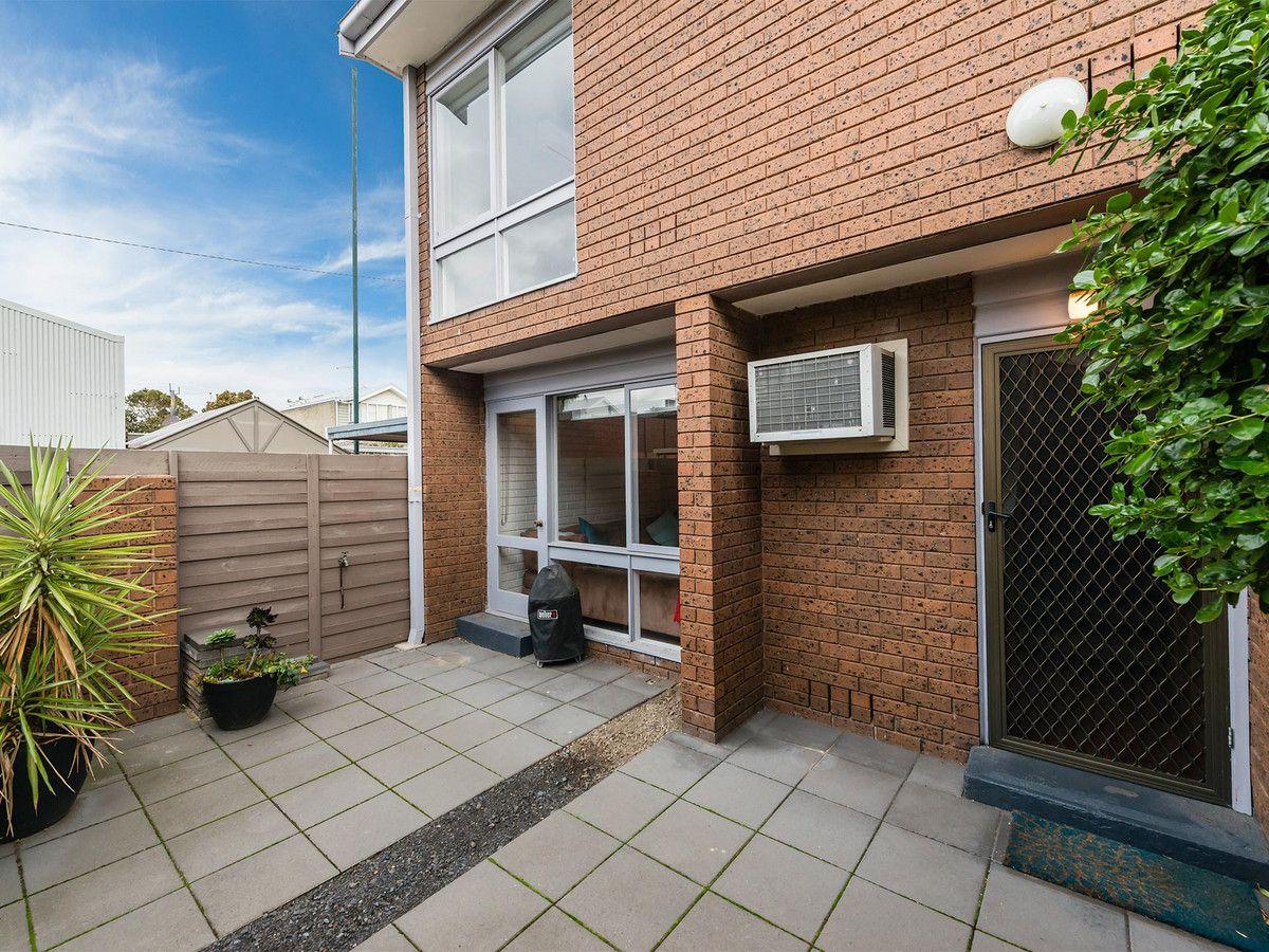 6/72 Derham Street, Port Melbourne VIC 3207, Image 0