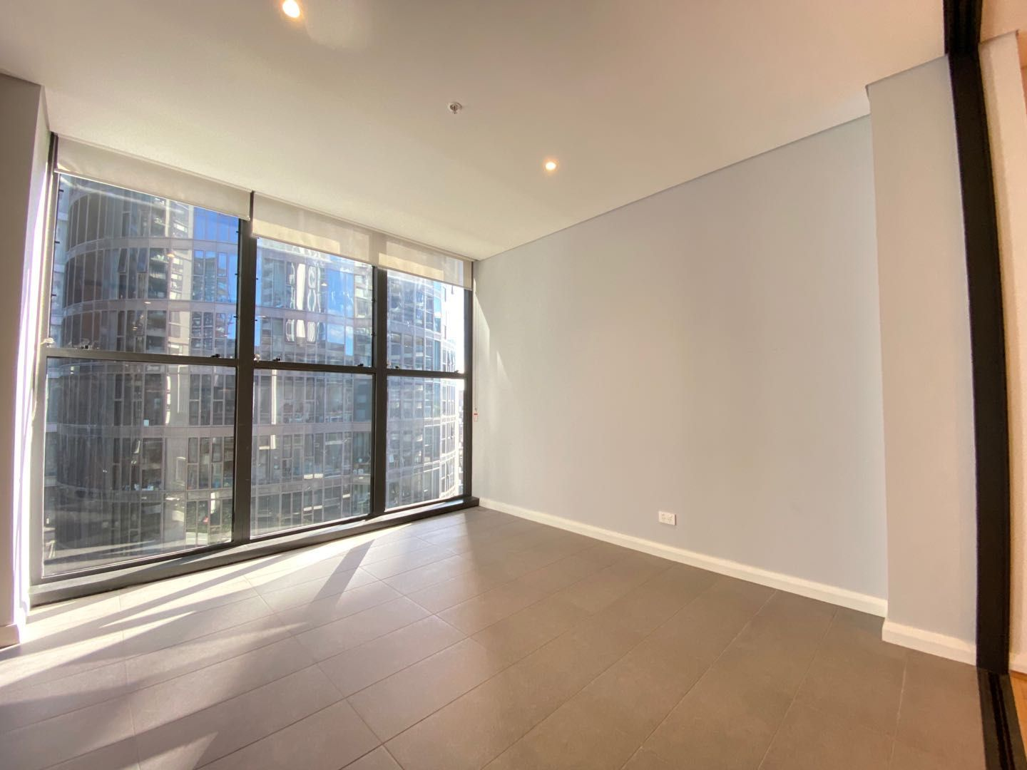 702/5 Wentworth Place, Wentworth Point NSW 2127, Image 2
