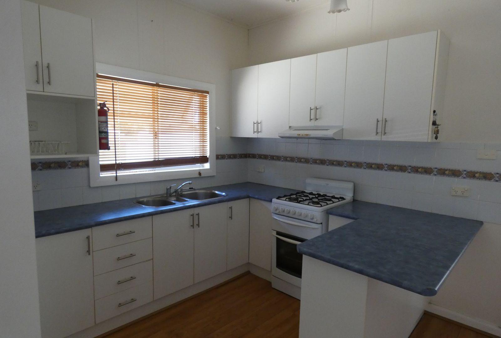 10 Dry Street, Boorowa NSW 2586, Image 1