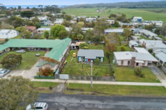 Picture of 5 McLennan Street, APOLLO BAY VIC 3233