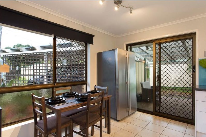 63 Chatswood Road, Daisy Hill QLD 4127, Image 2