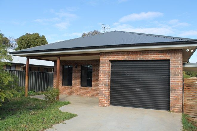 Picture of 9 Randall Place, CONDOBOLIN NSW 2877