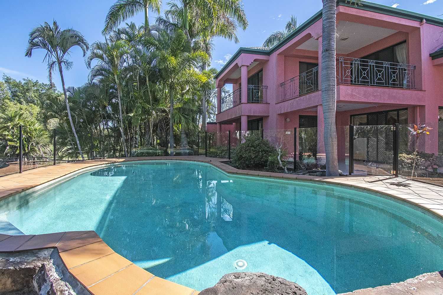 140/40 Cotlew Street, Southport QLD 4215, Image 2